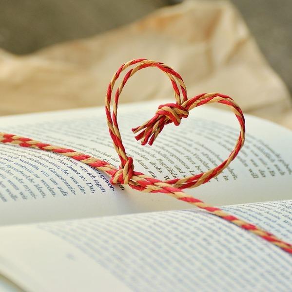 book-1760998_960_720